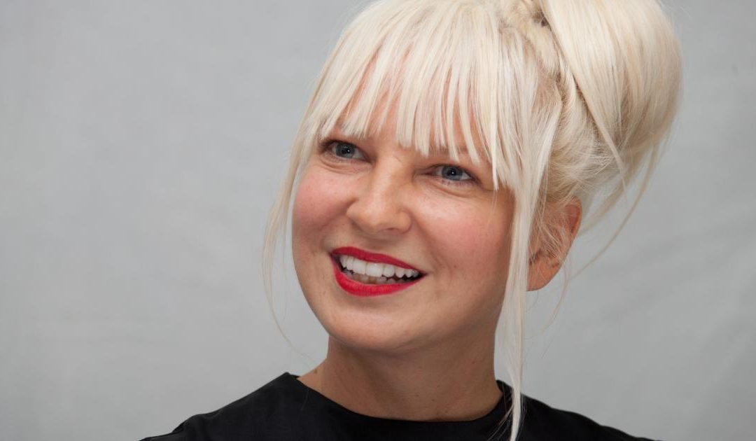 """Move your Body"", el nuevo video de Sia"