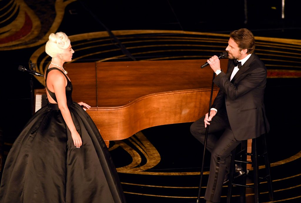 oscars-2019-Lady-Gaga-and-Bradley-Cooper-1131921335