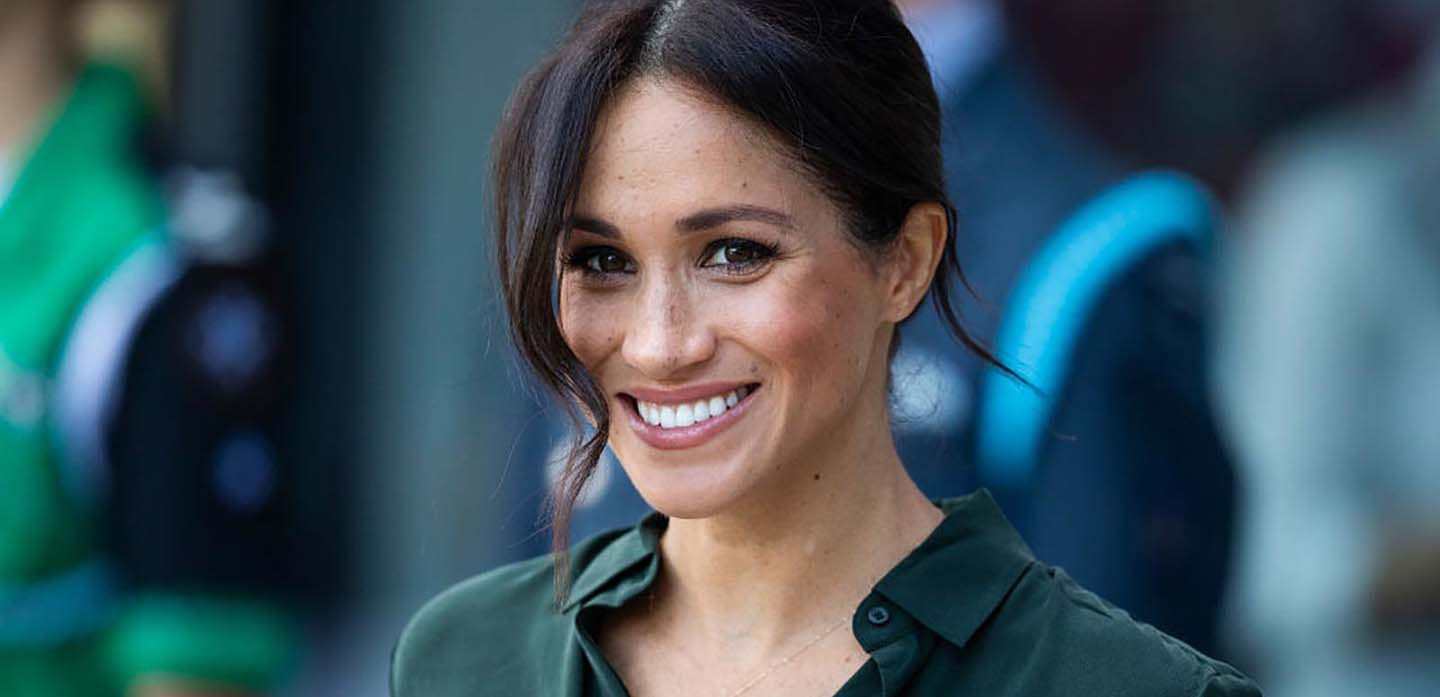 CHICHESTER, ENGLAND - OCTOBER 03: Meghan, Duchess of Sussex arrives at the University of Chichester's Engineering and Digital Technology Park during an official visit to West Sussex on October 3, 2018 in Chichester, United Kingdom.  The Duke and Duchess married on May 19th 2018 in Windsor and were conferred The Duke & Duchess of Sussex by The Queen. (Photo by Dan Kitwood/Getty Images)