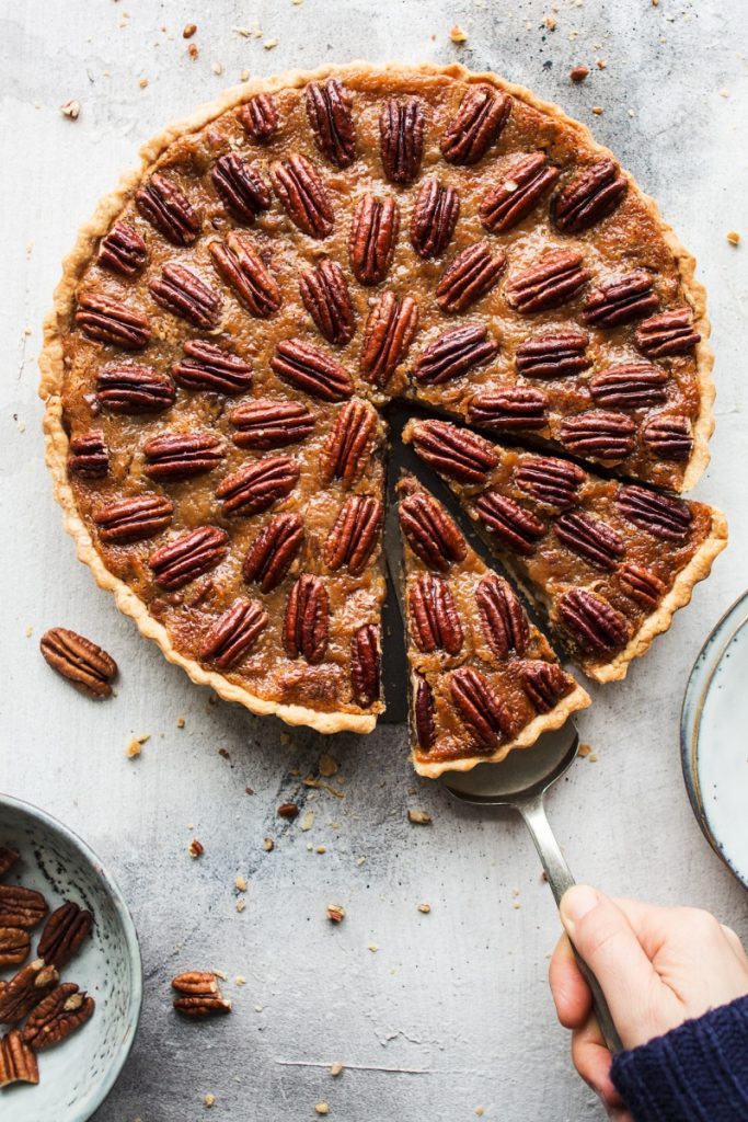 vegan-pecan-pie-800x1200