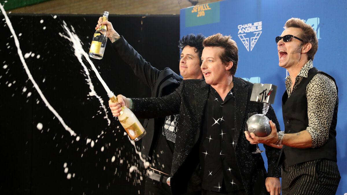 Green-Day-celebra-MTV-EMA_1406869342_112135054_1200x675
