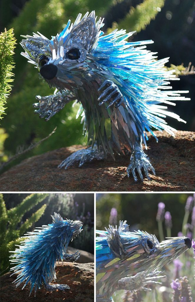 cd-animal-sculptures-recycled-art-sean-avery-59-5885c8f1bb8b2__700