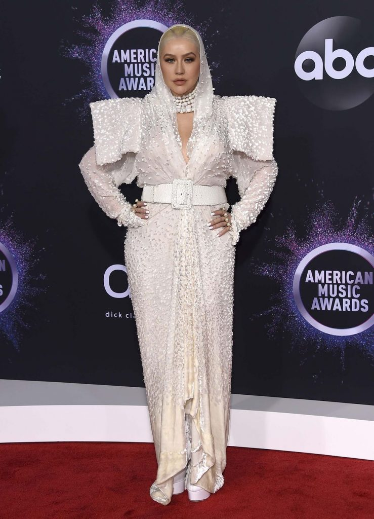 elle-american-music-awards-2019-18-1574668838