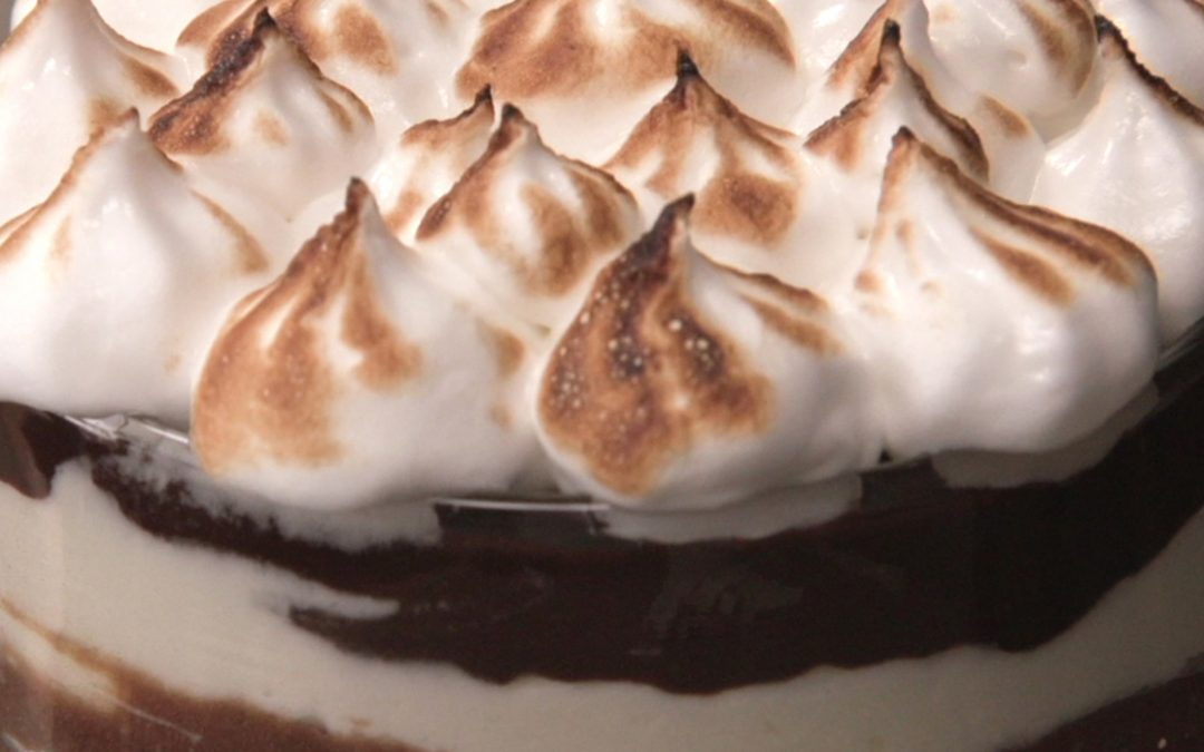 Trifle de chocolate y merengue