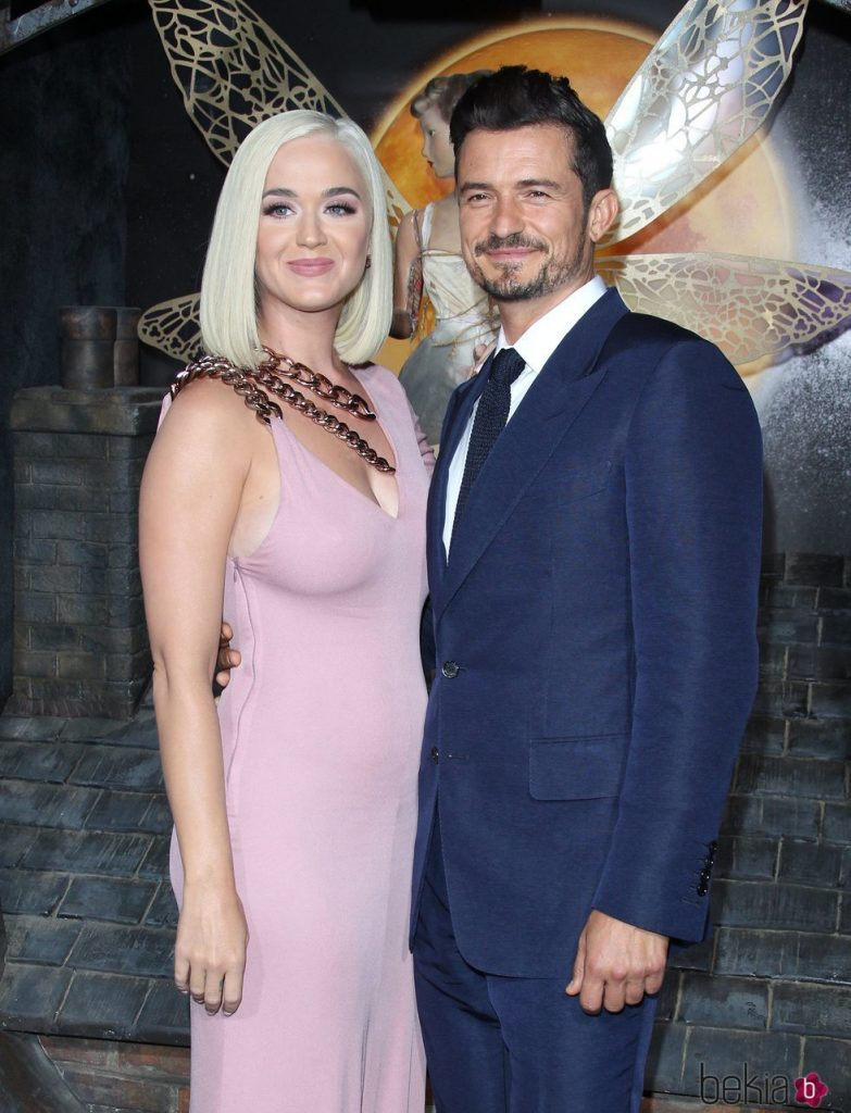 152761_katy-perry-orlando-bloom-premiere-carnival-row-los-angeles