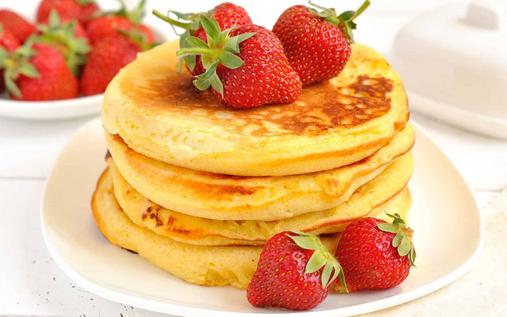 pancakes-and-strawberries